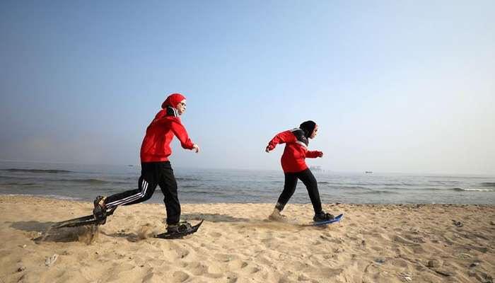 Олимпийские спортсмены Египта проводят свои тренировки на песке